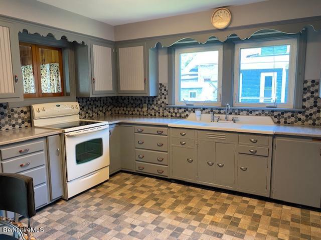 totally retro kitchen