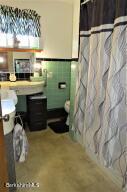 1 Grandview Adams MA 01220