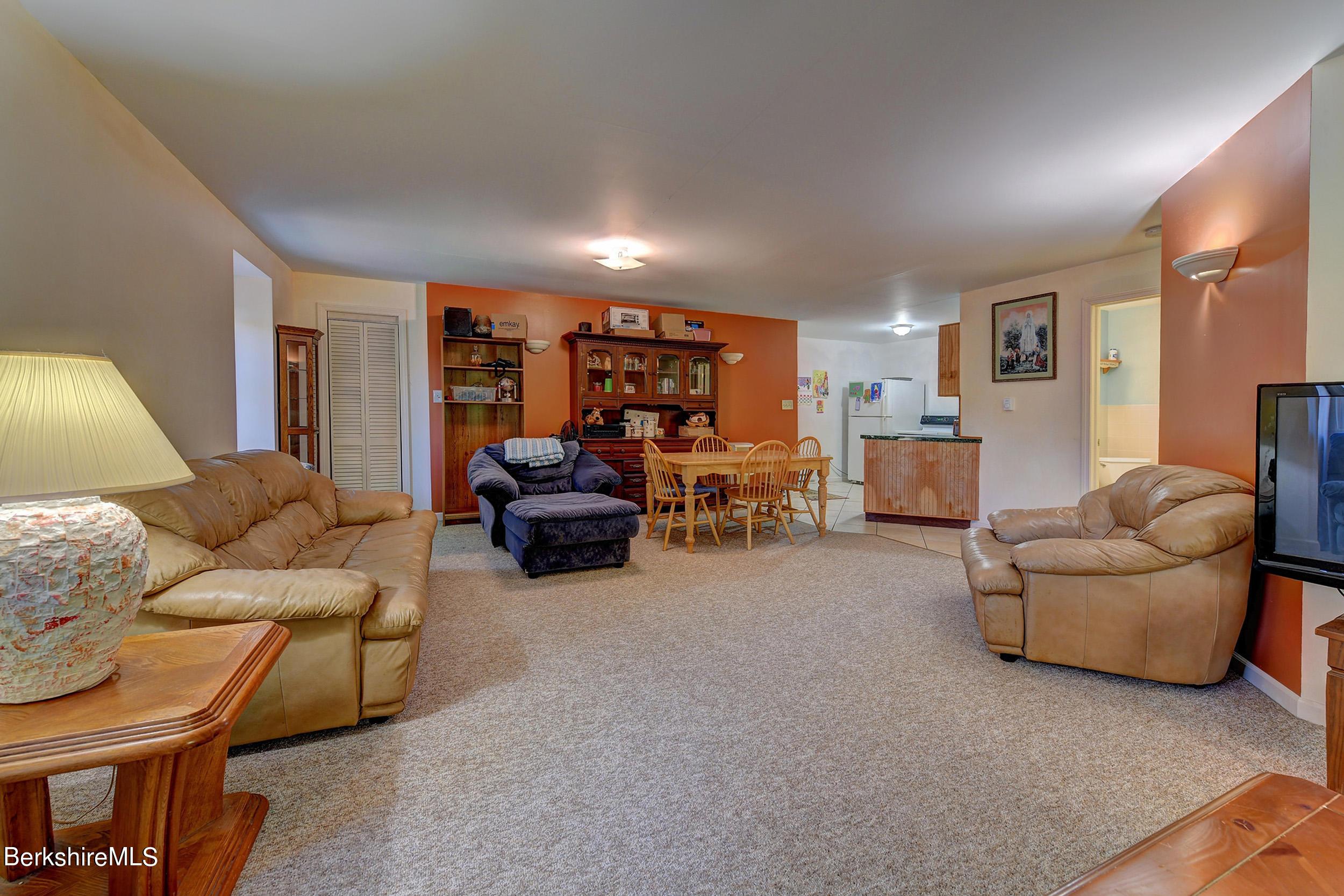 414 2nd Floor Garage Living Area