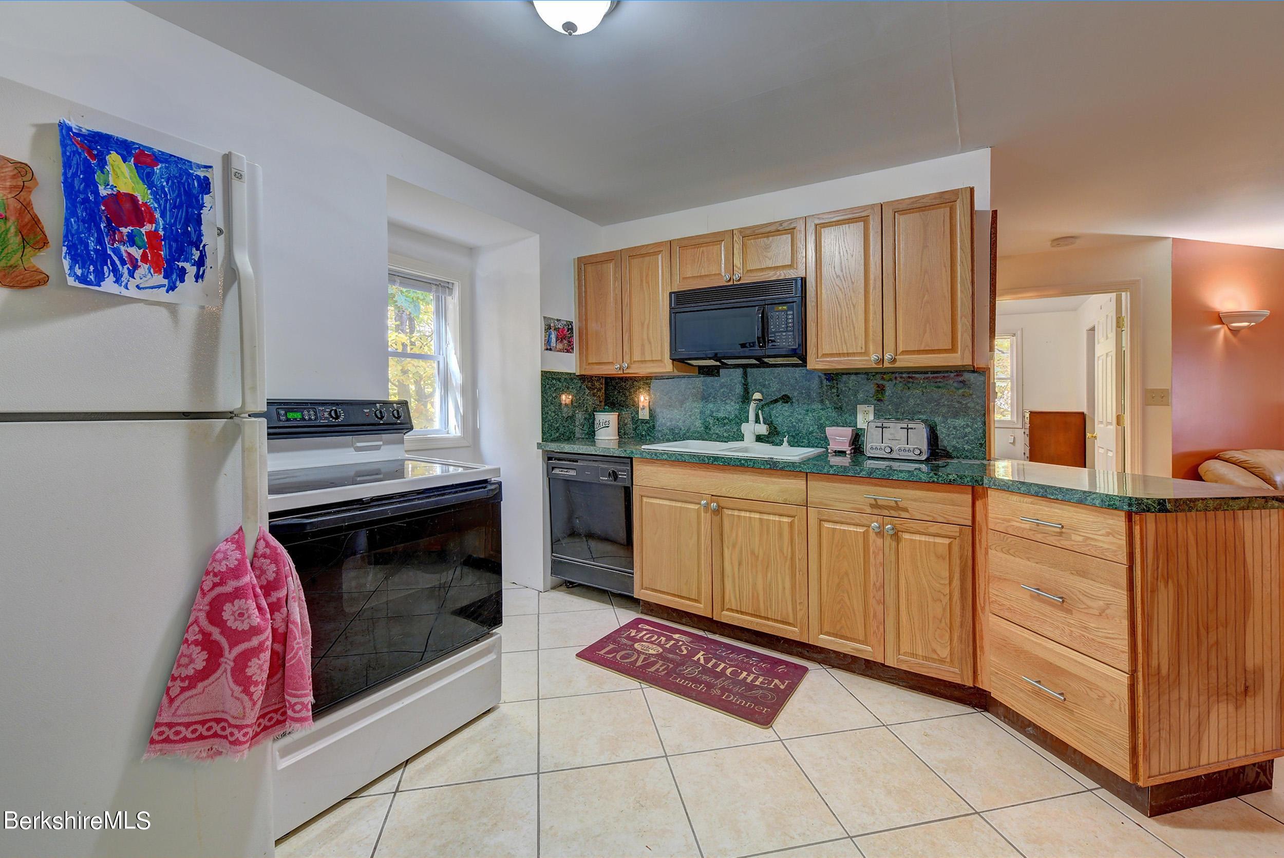 421 2nd Floor Garage Kitchen