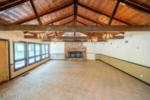 1161 Cold Spring Williamstown MA 01267