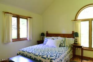 310 Monument Valley Great Barrington MA 01230