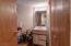 1/2 bathroom in LL