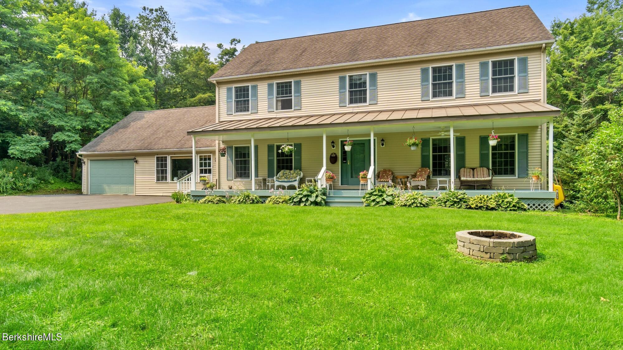 75 East, Lee, Massachusetts 01238, 4 Bedrooms Bedrooms, 8 Rooms Rooms,4 BathroomsBathrooms,Residential,For Sale,East,235216