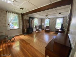240 Willow Lee MA 01238