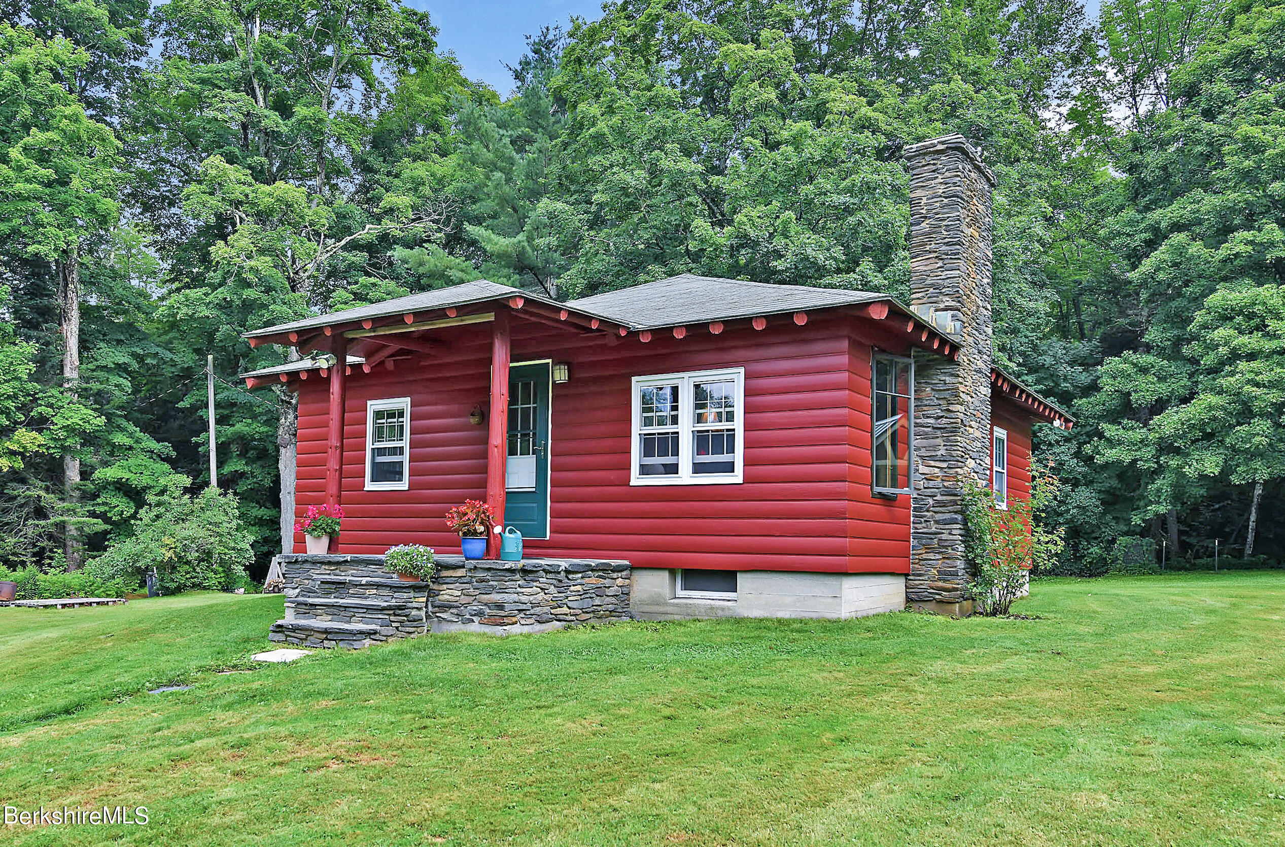 202 Center, Savoy, Massachusetts 01256, 2 Bedrooms Bedrooms, 5 Rooms Rooms,1 BathroomBathrooms,Residential,For Sale,Center,235245