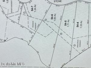 11 Stoneledge Lenox MA 01240