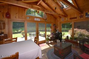 40 Mountain Lanesborough MA 01237