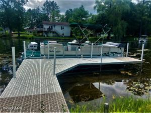192 Shadowland Cove Cheshire MA 01225