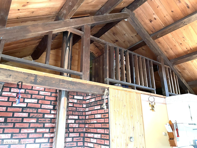 loft before 3rd bedroom entrance