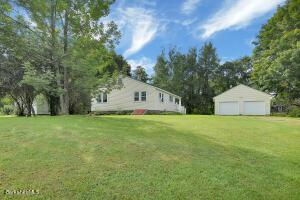 11 New Windsor Hinsdale MA 1235