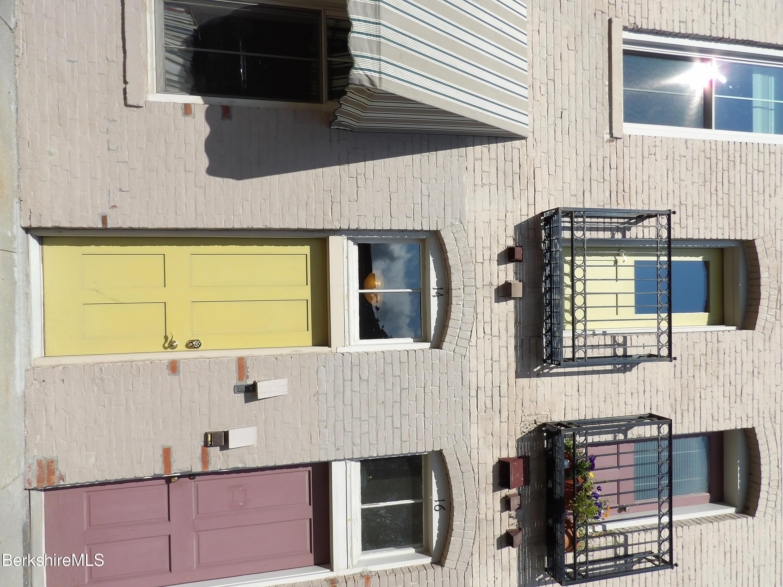 Real Estate Listing Main Image