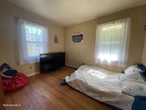 266 Notch North Adams MA 01247
