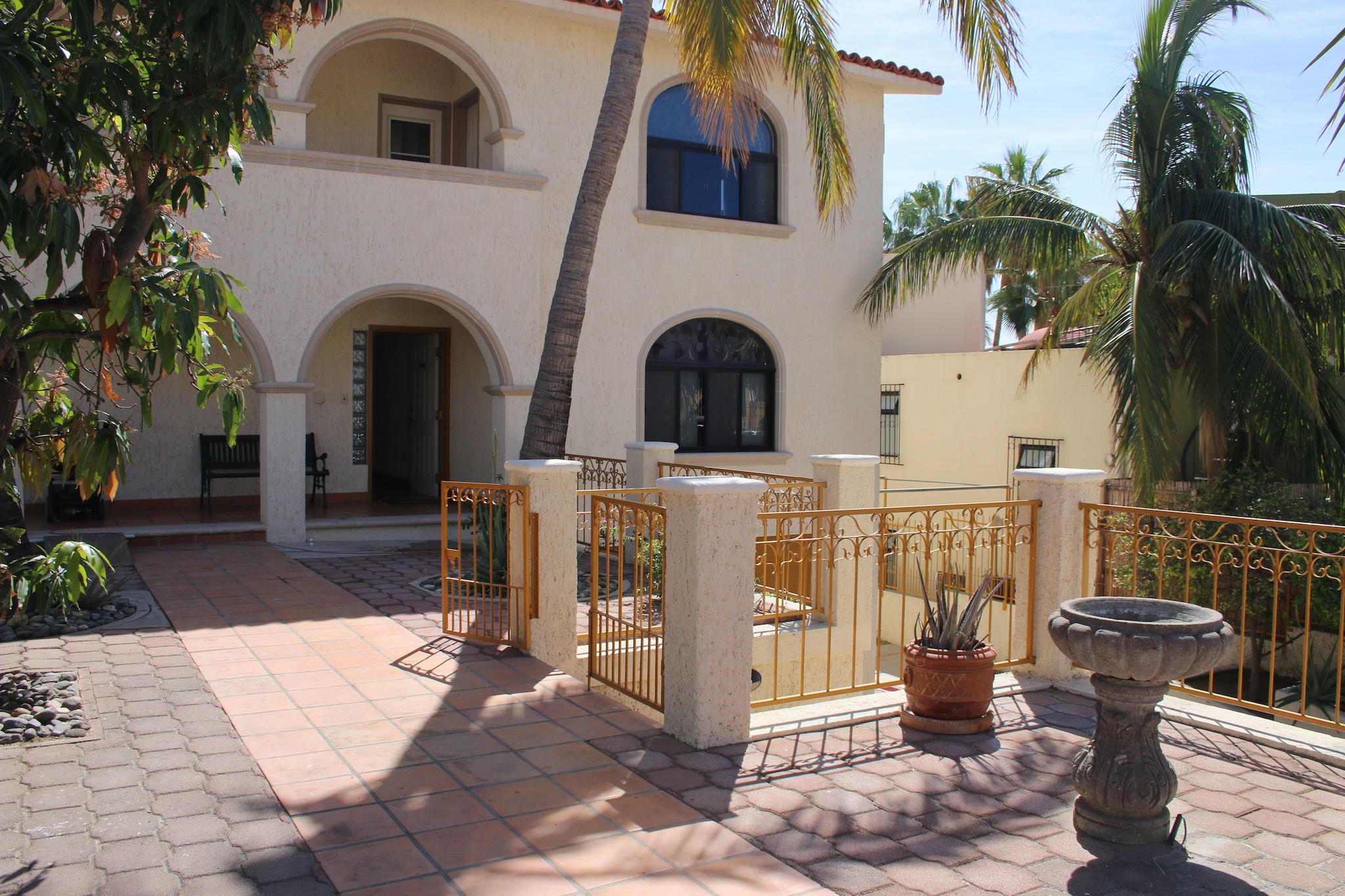 San Jose del Cabo, 5 Bedrooms Bedrooms, ,3 BathroomsBathrooms,House,For Sale,Paseo Finisterra,15-354
