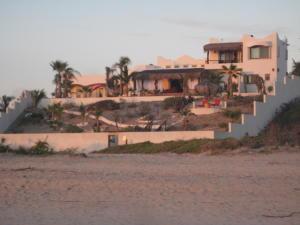 335 Camino de la Playa, Casablanca, Pacific,