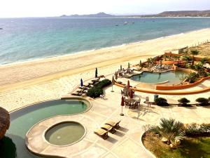 Beachfront Villas de Cortez, East Cape,