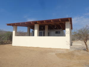 23 Garabullo, Casa, East Cape,