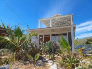 Calle S/N, Casa Taylor, East Cape,