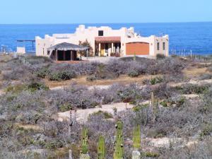 2 Playa Migrino, Villa Borey Beach, Pacific,