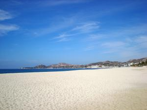 Beach front view to Palmilla