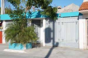86 Airapi, Casa Guaycura, La Paz,
