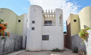 246 Calle Del Meson, Casa Del Meson, La Paz,