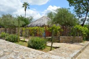 14186  El Triunfo Casa-Terreno en El Triunfo   - Home