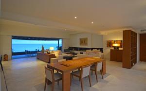 400 Costa Baja, Condos de Playa Penthouse, La Paz,
