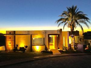 Cabo San Lucas, 5 Bedrooms Bedrooms, ,5 BathroomsBathrooms,House,For Sale,Camino del Patron,17-285