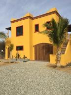Casa Jardin, East Cape,