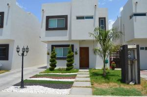 16045 294 Acceso Casa Privada Tamarindos   - Home