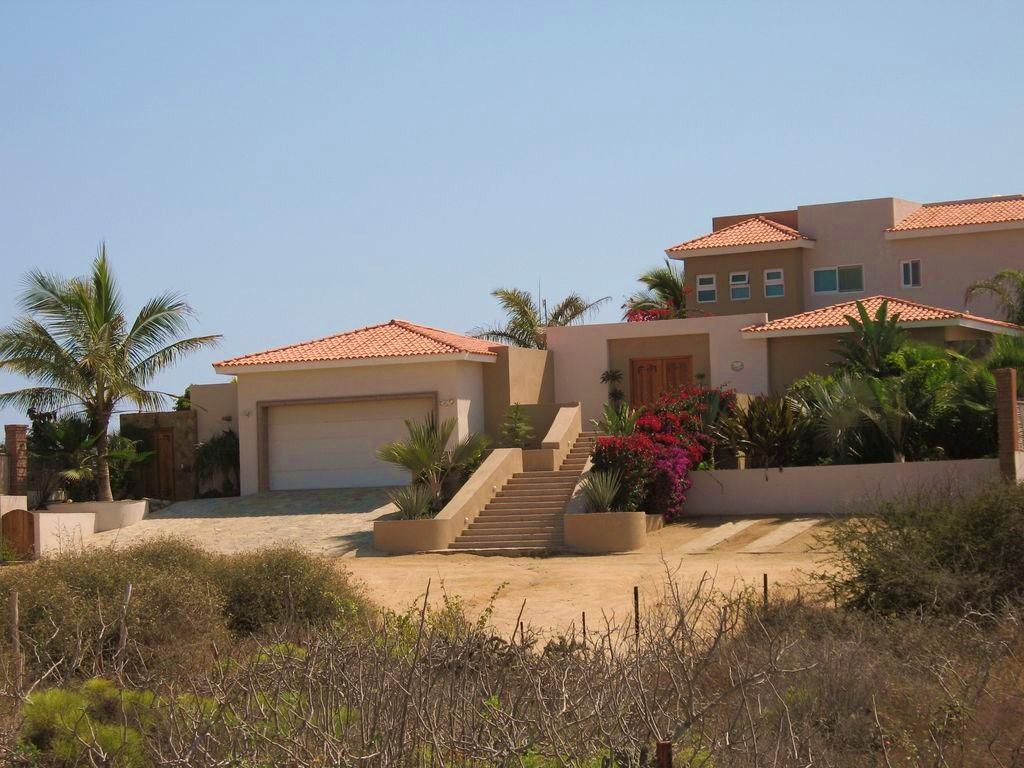 Pacific, 4 Bedrooms Bedrooms, ,4 BathroomsBathrooms,House,For Sale,Oceanfront Camino,17-457