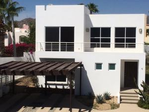San Luciano, Casa Suerte, Cabo Corridor,