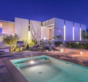 The pool area offers surprising privacy.