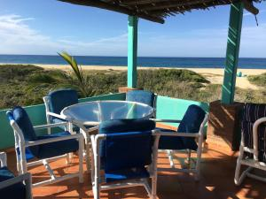 Beachfront Beachfront House Plus Land, Rancho Ballena, Pacific,