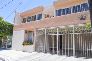 Calle Puebla, Casa Puebla, La Paz,