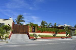 Camino de acceso, Casa Todos Santos, Pacific,