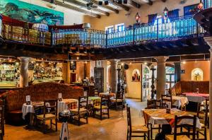 13 Blv Mijares, Restaurant Tropicana, San Jose del Cabo,