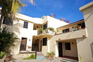 3726 Hidalgo, CeeCee building 2, Cabo San Lucas,
