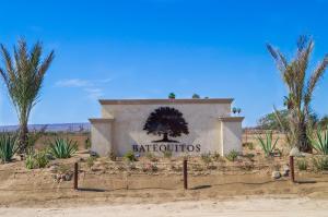 Av. Las Palmas, Lot 3 Mza2 Hacienda Batequitos, La Paz,