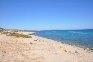 145.151m2 Beach Frontage