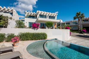 Casa Mexicana, Casa Las Palmas # 12, Cabo Corridor,