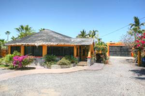 #50 Looney Loop, Casa Kelly, East Cape,
