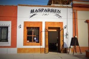 625 B Francisco I. Madero, Restaurante Hasparren, La Paz,