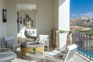 Espiritu del Mar, The Ledges Residence Four, San Jose Corridor,