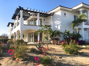 Phase 3, Villas de Oro Bugambilia, San Jose Corridor,
