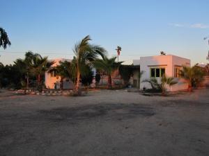 Las Tunas Casitas, Calle Los Mangos, Pacific,