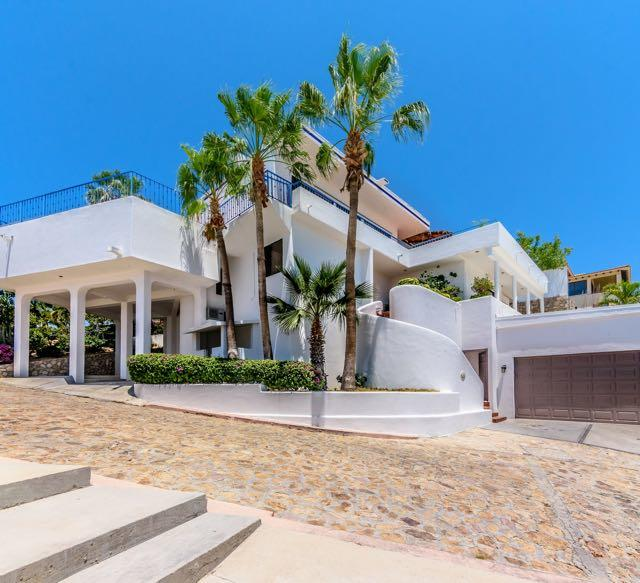 Cabo San Lucas, 4 Bedrooms Bedrooms, ,4 BathroomsBathrooms,House,For Sale,Pedregal de Cabo San Lucas,18-1662
