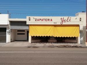 1245 ALTAMIRANO Y 5 DE MAYO, ZAPATERIA YOLI, La Paz,