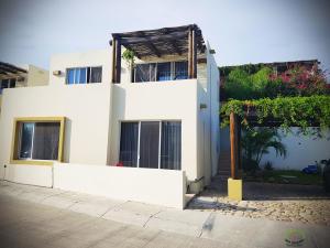 Las Sirenas, Family Home, Cabo Corridor,